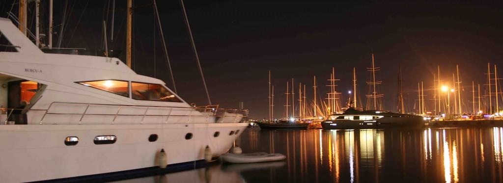 fethiye-turkey-harbour-night