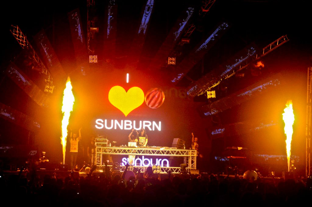 Night-Festival-Sunburn-in-Goa